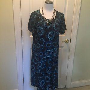 Lularoe Carly blue & black print dress
